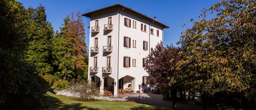 hotel-du-parc-exterior.jpg
